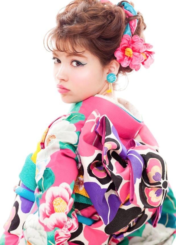 成人写真の髪飾りは花飾り
