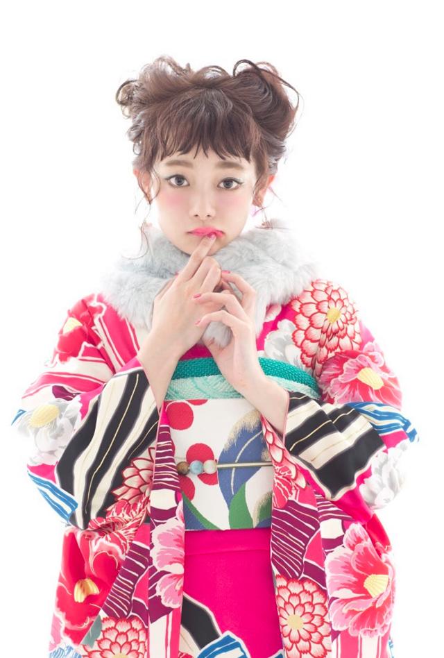 愛花ちゃん&えりかちゃんW振袖スタイル